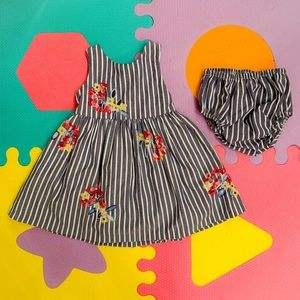 Other - Absolutely Adorable Floral & Striped Dress Set
